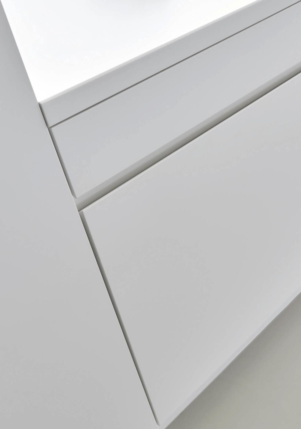 colora laccato, Lackfront mit Räuchereiche