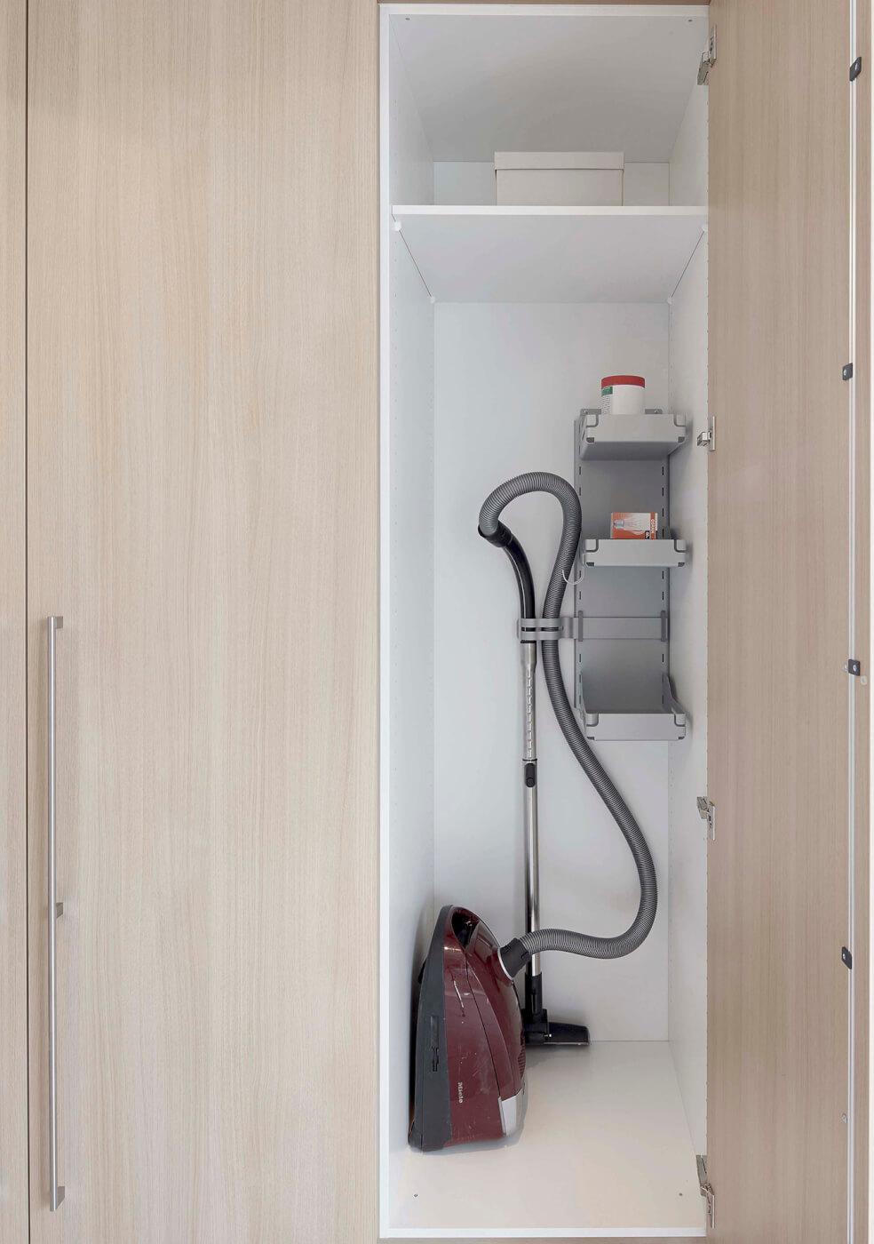 schranksystem begegnungen f r die sinne mn k chen von. Black Bedroom Furniture Sets. Home Design Ideas